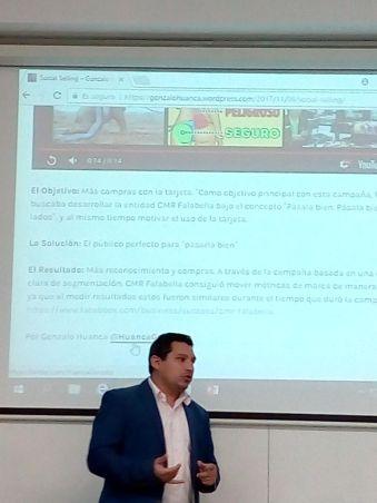 Charla del uso de Redes Sociales para negocios y empresas, a alumnos de Advance UNAB, Viña del Mar.